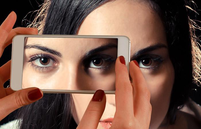 Tylko ich nie trzyj – o nawykach szkodliwych dla oczu