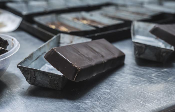 Gorzka czekolada – dlaczego warto ją jeść?