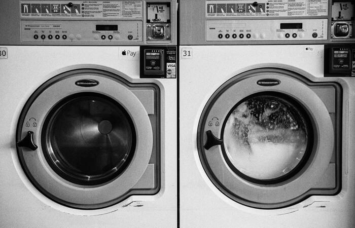 Bakterie czyhają w … naszych pralkach